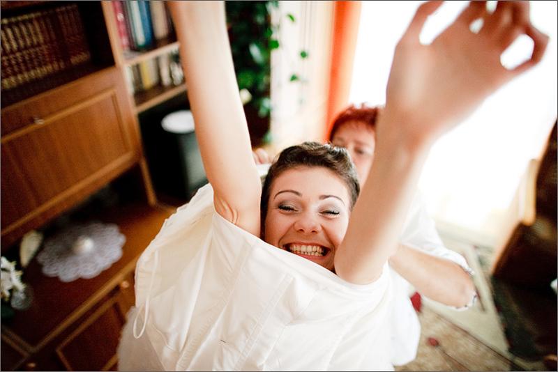 Fotograf ślubny reportaż przygotowania