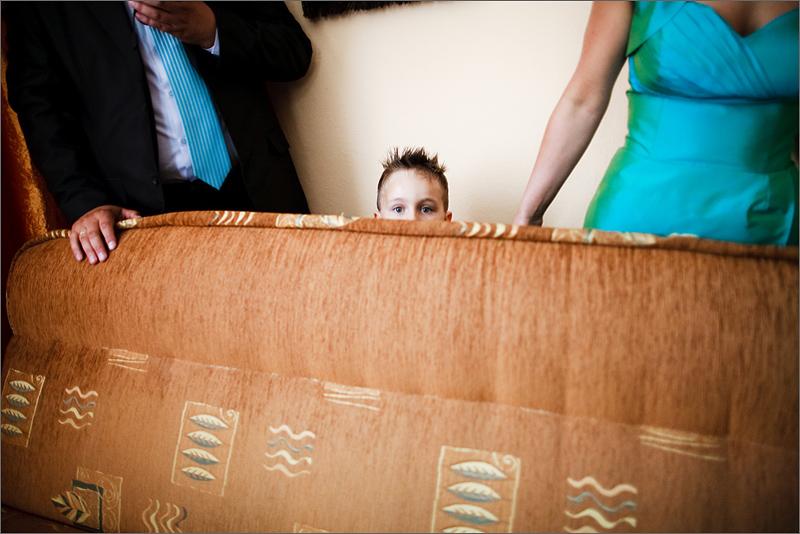 Fotograf ślubny reportaż goście dzieci na ślubie